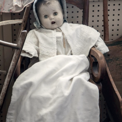 creepy-doll